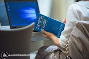 dettaglio di un partecipante al corso di business organizzato da Wobi fotografo Milano