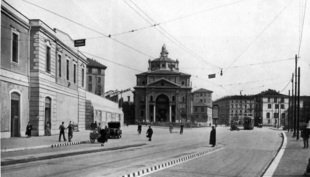 la stazione ferroviaria di Porta Nuova Milano in una foto del 1931 bianconero